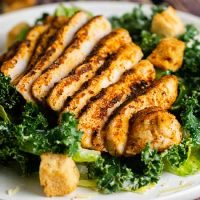 Ruby's Caesar Salad - Cajun Chicken Breast<br>香辣烤雞