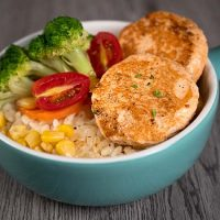 Salmon Cakes – rich in Omega-3 & Fresh Mixed Vegetables