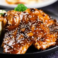 Teriyaki Chicken Thigh<br>蜜汁芝麻烤雞扒